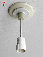 Danish ceiling lock socket with plug