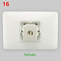 4BOX 3 in 1 socket with Schuko plug